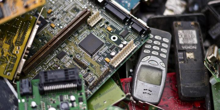 Elektros ir elektroninės įrangos atliekų tvarkymas